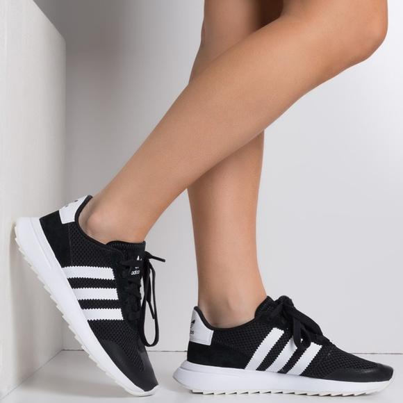 le adidas originali della ginnastica poshmark